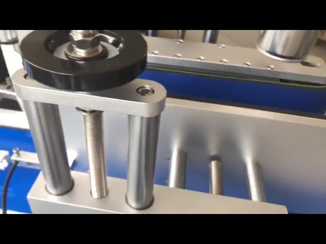 double sided label brewing sticker automatic round bottle labeling machine